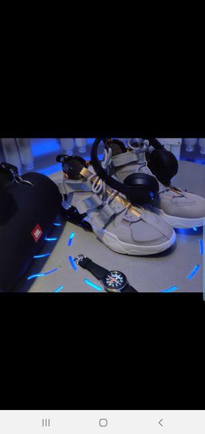 Bundle Deal: Nike 9.5 -JBL Xtreme - Galaxy Watch - beats wireless solo for Sale in San Antonio, TX