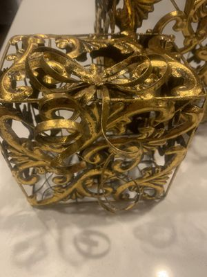BEAUTIFUL metal gold Christmas gift candle holders for Sale in Bothell, WA