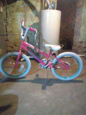 Girls 20 inch Huffy Sea Star Bike for Sale in Columbus, OH
