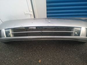Infiniti M45 front bumper with fog lights oem. 2003-2005 for Sale in Carson, CA