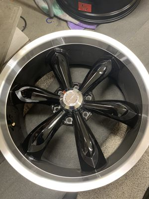 22x9.5 Vision Legend wheels for Gmc/ Chevy 6 lug for Sale in Fairfield, CA