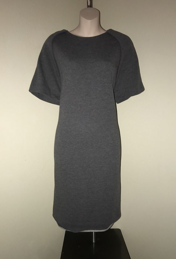 MOVING & CLOSEOUT SALE !!! New Beautiful holiday warm dress for sale !!!