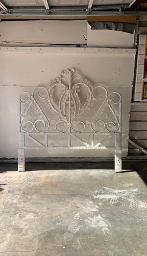 Head Board with Rails (queen) for Sale in Modesto, CA