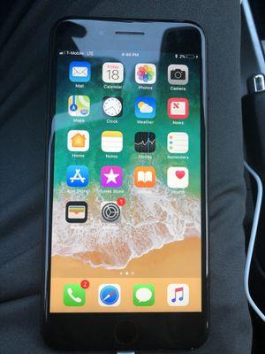 iPhone 7 Plus 32gb unlocked Matt black for Sale in Sterling, VA