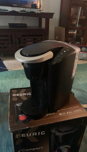 Keurig MAIN-85544 Compact Single-Serve K-Cup Pod Coffee Maker, Black, 2.3 for Sale in Los Angeles, CA