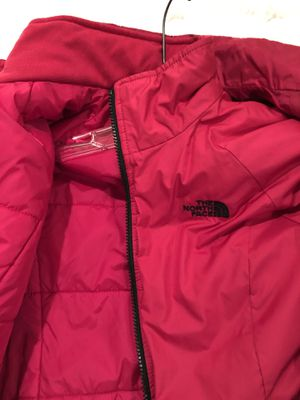 Women's North Face coat jacket. Waterproof with hood. Size XS. Black and fuchsia pink. Only worn 2x. Separate liner zips out. Perfect for wind. for Sale in Washington, DC