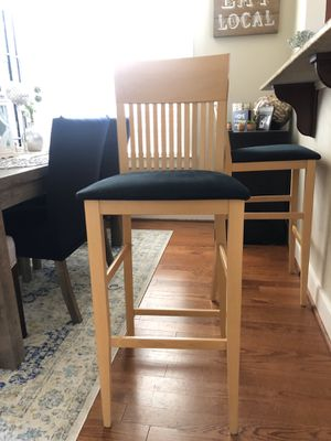 2 bar height stools for Sale in Raleigh, NC