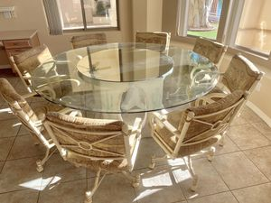 Dining Room Table & Chairs for Sale in Gilbert, AZ