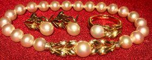 Pearl ring, bracelet and earrings set for Sale in Atlanta, GA