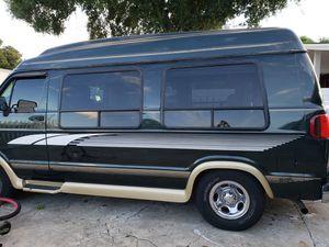 97 Dodge Ram 2500 for Sale in Tampa, FL