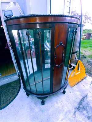 Antique China Cabinet/Display Curio for Sale in Vancouver, WA