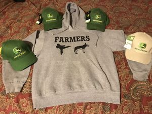 """""""Farmers Kick Ass"""" Hoodie/ Four John Deere Hats. Brand New Never Worn!! for Sale in Woodhull, IL"""