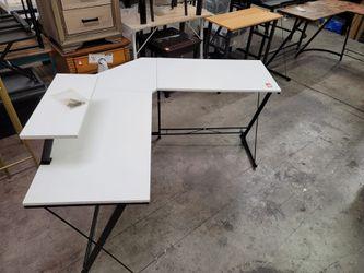 L shape desk for Sale in Las Vegas,  NV