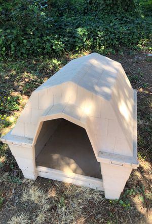 Outdoor medium dog bed for Sale in Vancouver, WA