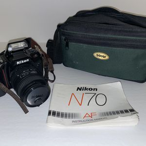 Nikon SLR N70 Film Camera for Sale in Escondido, CA