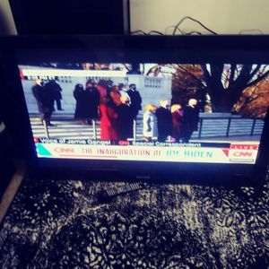 Samsung 50 Inch Screen With Remote. No Stand. for Sale in Seattle, WA