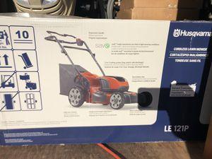 Husqvarna LE 121P Battery Lawn Mower for Sale in White Marsh, MD