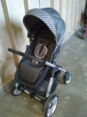 Snap and grow stroller for Sale in Cleveland, OH