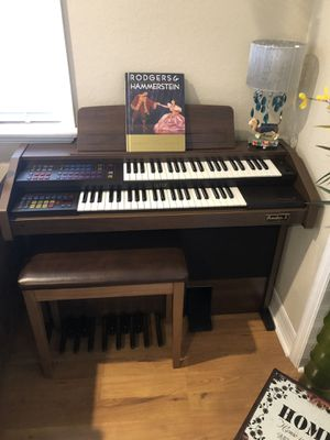 Freedom II organ and bench for Sale in Cape Coral, FL