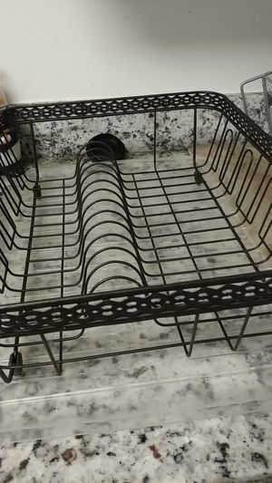 Kitchen Dish rack with bottom water catching section for Sale in Alexandria, VA