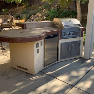 BBQ Island. for Sale in Lake Elsinore, CA
