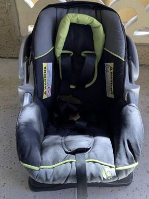 Baby Trend Car Seat with base for Sale in Phoenix, AZ