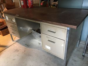 Desk for Sale in Meridian charter Township, MI