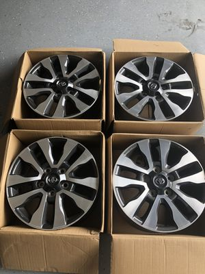 "Toyota Tundra OEM Factory wheels/Rims 20"" x 8"" with center caps. like new! for Sale in Jacksonville, FL"