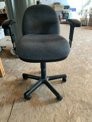 Home office chair for Sale in Aurora, CO