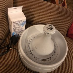 Drink well Pet Fountain And Premium Charcoal Filters for Sale in Tacoma, WA