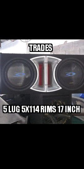 Trades for some 5x114.3 rims size 17 for Sale in Providence, RI
