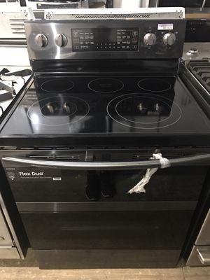 Samsung Black Stainless Steel Electric!!!! for Sale in Chula Vista, CA