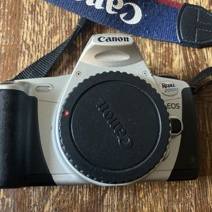 TESTED Canon EOS Rebel 2000 35mm SLR Film Camera for Sale in Los Angeles, CA