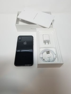 Iphone X 64gb Unlocked for Sale in Oakland Park, FL