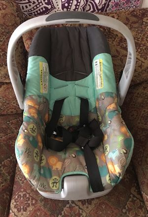 Baby carrier for Sale in UNIVERSITY PA, MD