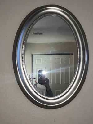 hanging wall mirror for Sale in Las Vegas, NV