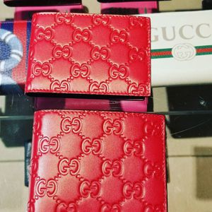 Mens red Gucci wallet **BRAND NEW UNOPENED*** for Sale in Mesa, AZ