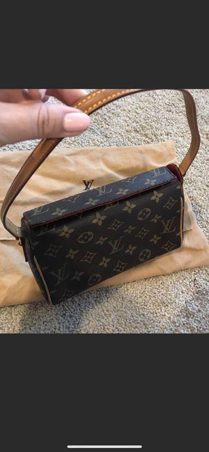 Louis Vuitton bag for Sale in Lynn, MA