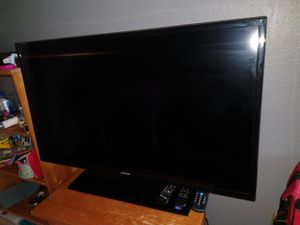 "$200. Samsung 40"" TV for Sale in San Diego, CA"