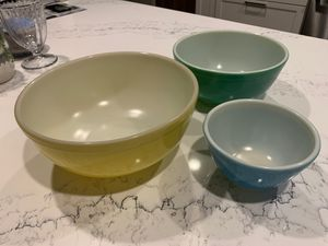 Vintage mid century Pyrex stacking bowls for Sale in La Mesa, CA