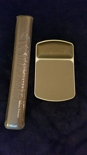 Mouse Pad with Arm Rest and Keyboard Arm Rest - NEW for Sale in West Columbia, SC