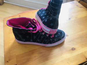 Vans Off The Wall High Top Missy Sneaker for Sale in Chicago, IL