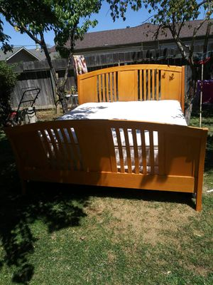 King size bed with solid wood frame for Sale in Merced, CA