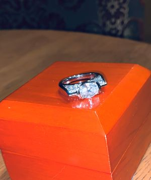 VICTORIA WIECK East West Simulated Diamond Ring for Sale in Anaheim, CA