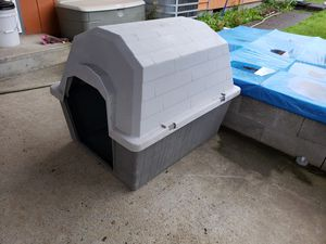 Very Large Like New Dog House for Sale in Vancouver, WA