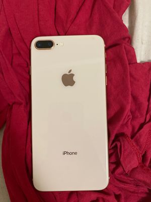 iPhone 8 Plus $390 cash/trade + obo for Sale in Catonsville, MD