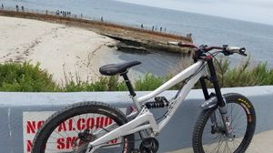 Full suspension specialized downhill mountain bike for Sale in San Diego, CA