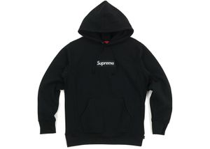 Supreme 2011 Box Logo Size XL but fits like a Large for Sale in Annandale, VA