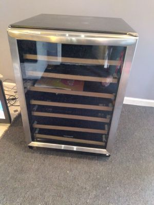 Wine cooler for Sale in Fontana, CA
