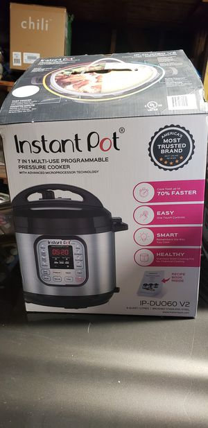 Instant Pot 7-in-1 IP Duo60 v2 for Sale in Huntington Beach, CA